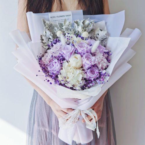 愛不忍釋粉紫色玫瑰永生花束