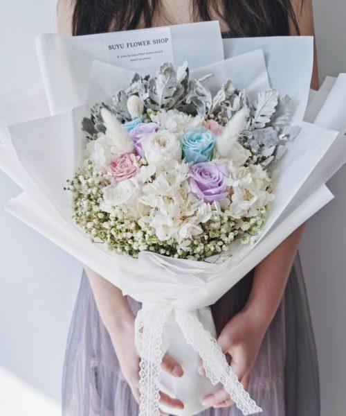 愛如珍寶繽紛彩玫瑰永生花束